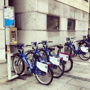 RoweRes miejska wypożyczalnia rowerów w Krakowie. 15 stacji i 1500 rowerów w systemie