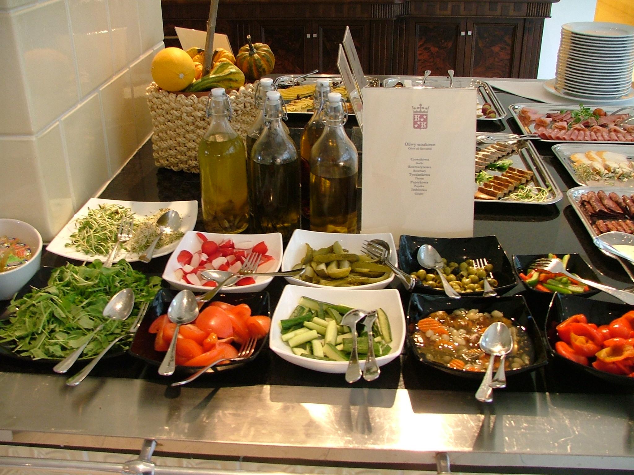 Śniadanie bufet w hotelu Król Kazimierz w Kazimierzu Dolnym Lubelskie