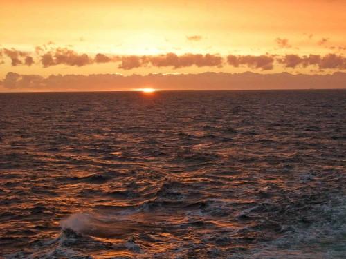 Dlaczego warto popłynąć promem do Karlskrony rejs do Szwecji