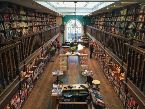 Najpiękniejsze księgarnie w Londynie angielskie książki